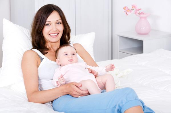 mom-resting-baby