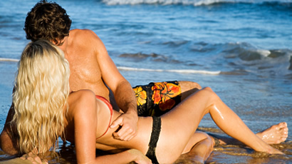 1245168936_top-10-beaches-to-have-sex-on_flash