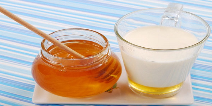Skincare Tips With Honey11