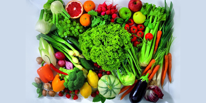 Green-leafy-vegetables-and-fruits